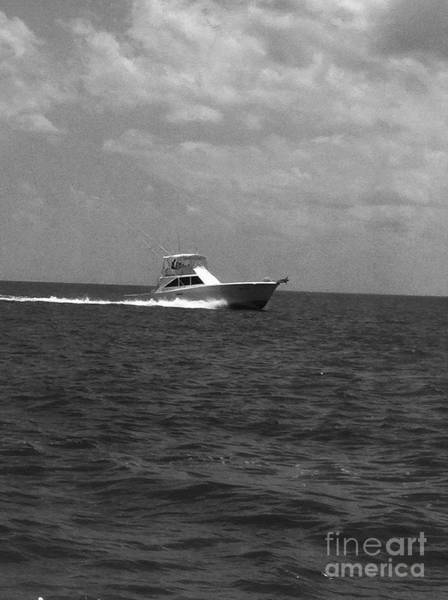 Photograph - Black And White Boating by WaLdEmAr BoRrErO