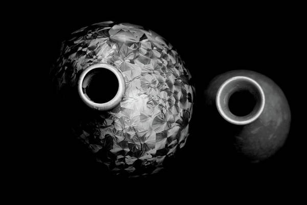 Photograph - Black And White Deep Burn Crystal Glaze Vessels 1761 Bw_4 by Steven Ward