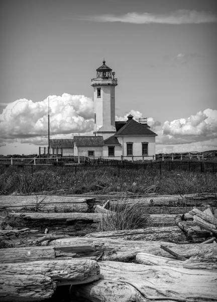 Port Townsend Photograph - Black And White Lighthouse With Driftwood by Dan Sproul