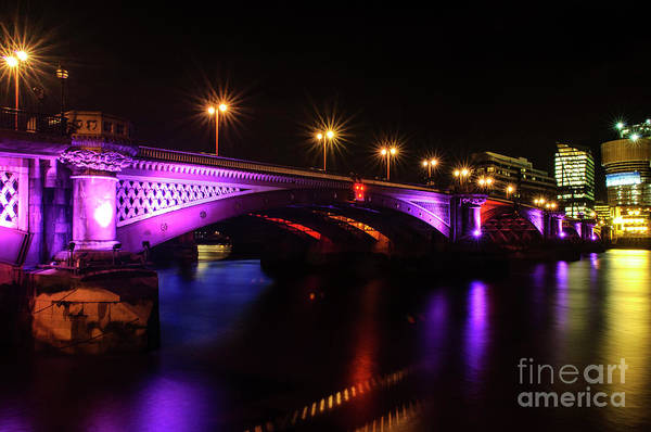 Photograph - Blackfriars Bridge Illuminated In Purple by Paul Warburton