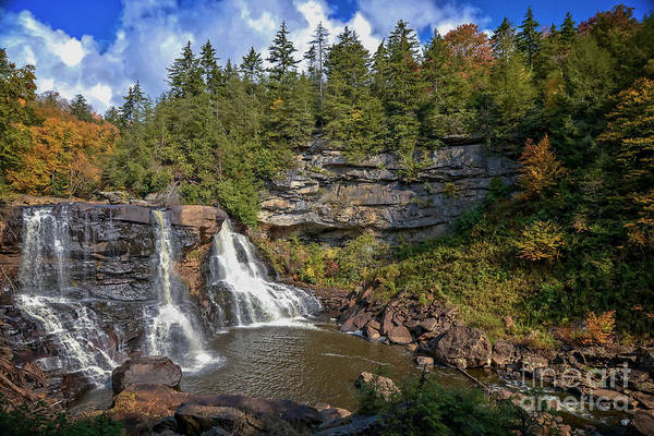Photograph - Blackwater Falls  In Autumn 3879c by Cynthia Staley