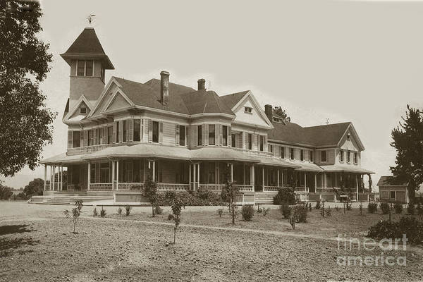 Photograph - Bloomfield Farm Residence Of Henry Miller  Gilroy Circa 1896 by California Views Archives Mr Pat Hathaway Archives