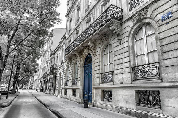 Photograph - Blue Door In Bordeaux by Georgia Fowler