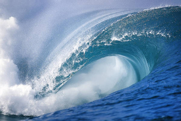 Polynesia Wall Art - Photograph - Blue Rush by Sean Davey
