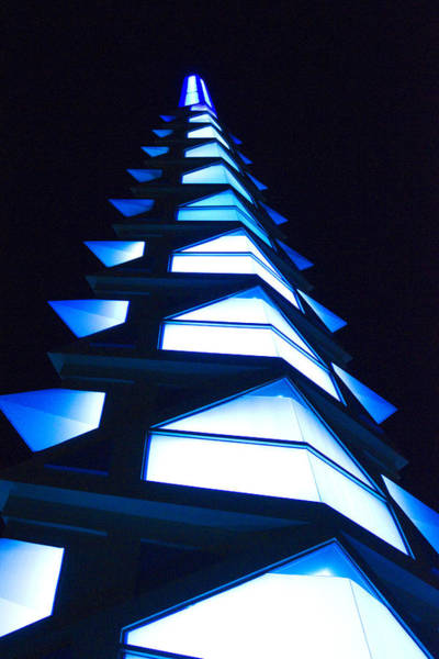 Habenero Photograph - Blue Spire by Richard Henne