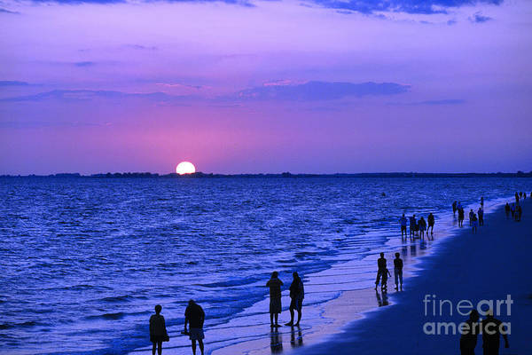 Blue Sunset On The Gulf Of Mexico At Fort Myers Beach In Florida Art Print