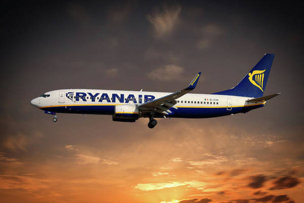 Boeing Wall Art - Photograph - Boeing 737 Ryanair by Smart Aviation