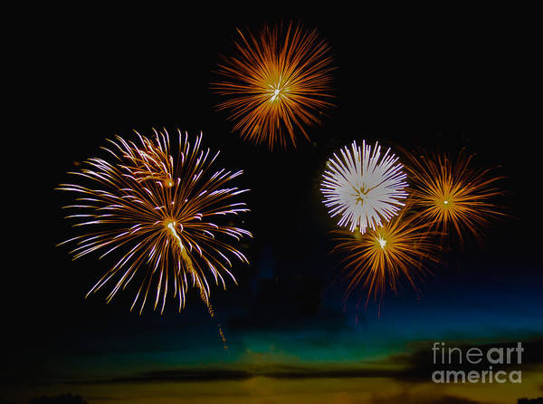 Fireworks Show Wall Art - Photograph - Bombs Bursting In The Air by Robert Bales