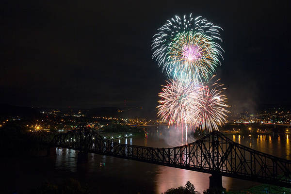Beaver Photograph - Beaver County Fireworks 3 by Emmanuel Panagiotakis