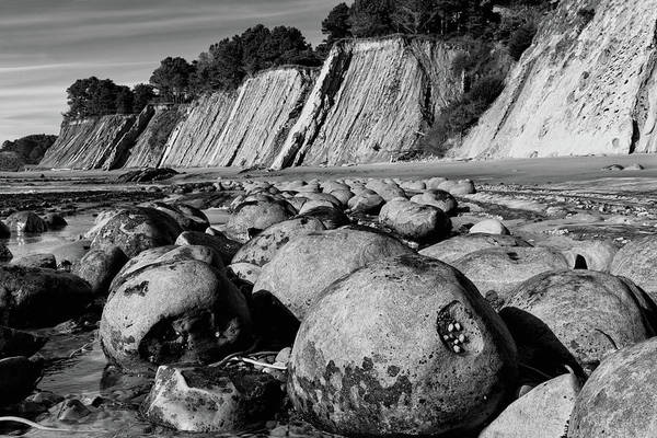 Wall Art - Photograph - Bowling Ball Beach In Black And White by Kathleen Bishop