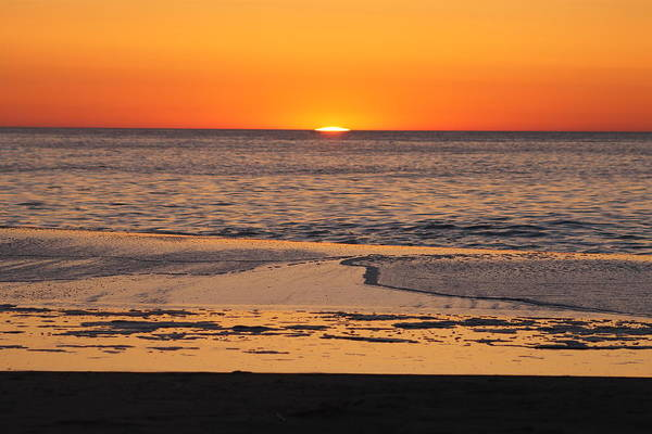 Photograph - Breaking Dawn by Robert Banach