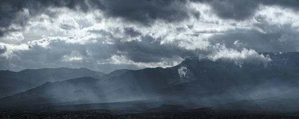 Photograph - Breaking Light by Leda Robertson