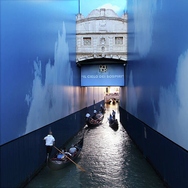 Photograph - Bridge Of Sighs Wrapped In Blue by Vicki Hone Smith