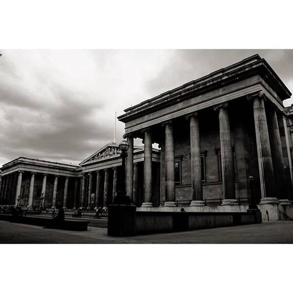 London Wall Art - Photograph - #britishmuseum #london #thisislondon by Ozan Goren