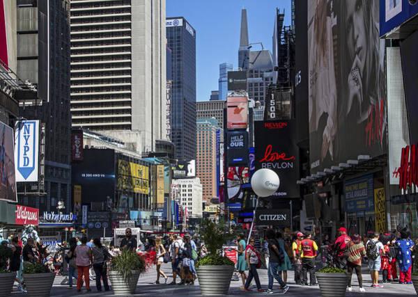 Photograph - Broadway Pedestrian Mall by Bob Slitzan