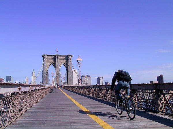 Brooklyn Bridge Bicyclist Art Print