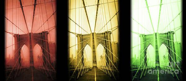 Photograph - Brooklyn Bridge Nyc Mug by Edward Fielding