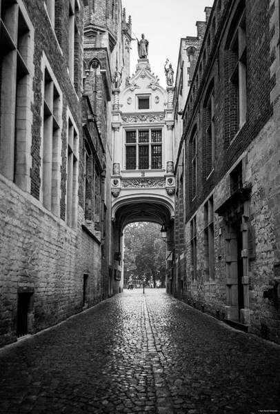 Photograph - Brugge Alley by Ryan Wyckoff