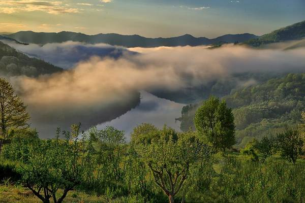 Photograph - Brugneto Lake Dawn With Clouds - Alba Sul Lago Del Brugneto by Enrico Pelos