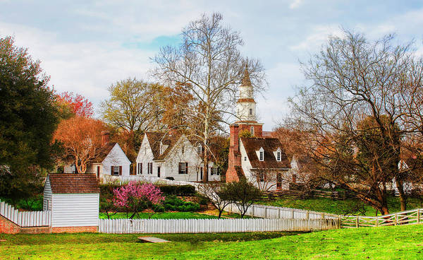 Photograph - Colonial Williamsburg  by Ola Allen