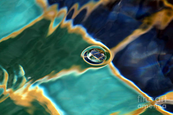 Photograph - Bubble In The Fountain by James Eddy
