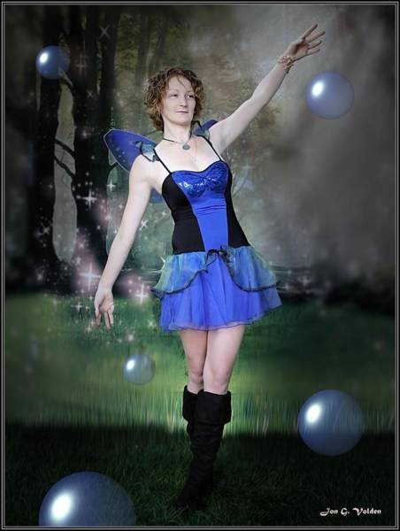 Photograph - Bubbling Fairy by Jon Volden