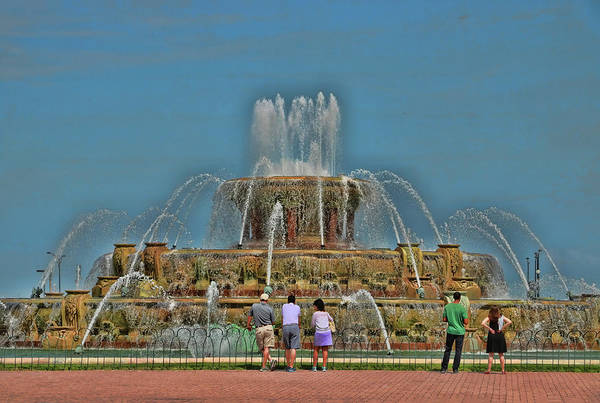 Photograph - Buckingham Memorial Fountain  8 by Allen Beatty