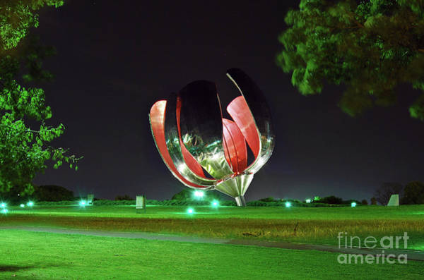 Photograph - Buenos Aires - Floralis Generica Sculpture by Carlos Alkmin
