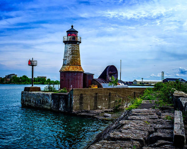 Photograph - Buffalo Harbor South Entrance Light No2 by Chris Bordeleau