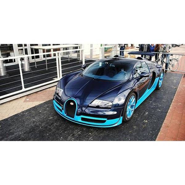 Bmw Photograph - Bugatti Veyron 16.4 Grand Sport Vitesse by Sian Loyson