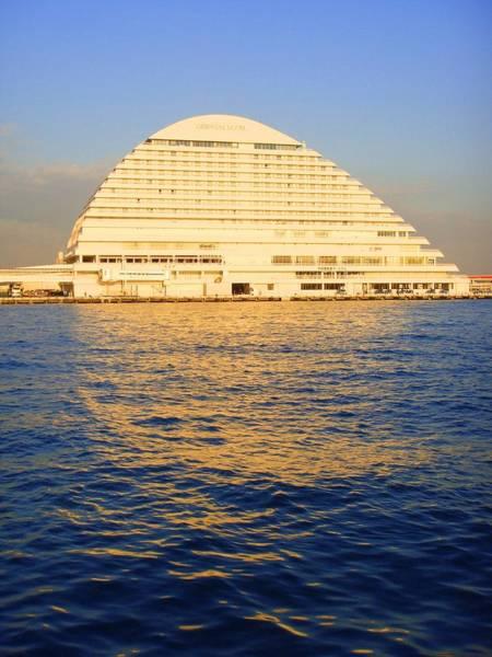 Photograph - Building At Kobe Harbor by Roberto Alamino