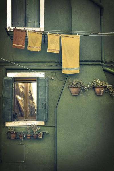 Shutter Photograph - Burano - Green House by Joana Kruse