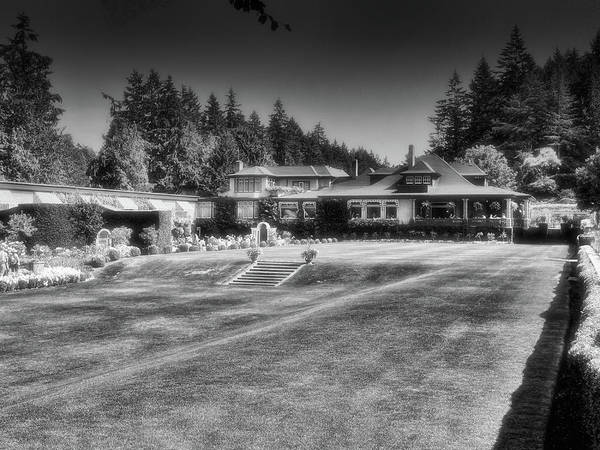 Photograph - Butchart Gardens Dining Room Restaurant by Lawrence Christopher