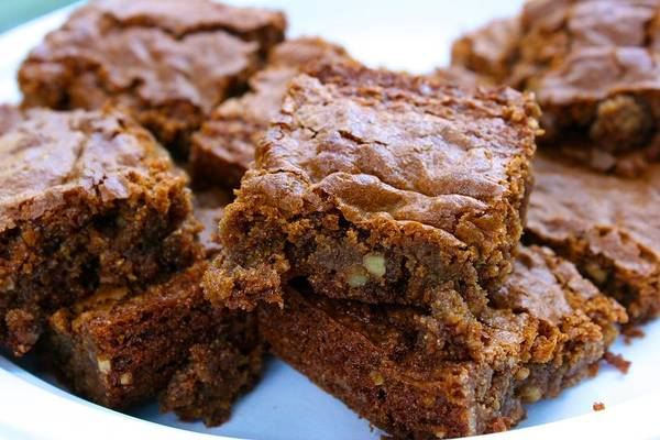 Photograph - Butterscotch Brownies by Polly Castor