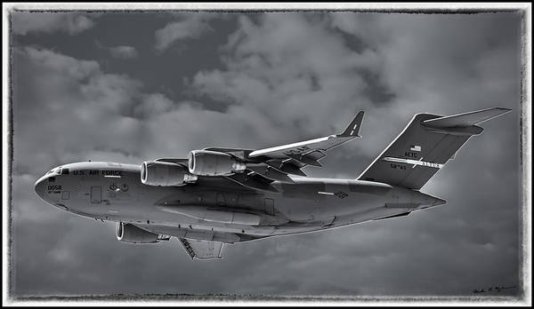 Photograph - C-17 Globemaster IIi Bwf by Mark Myhaver