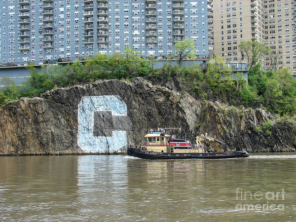 Photograph - C Rock With Tug by Cole Thompson