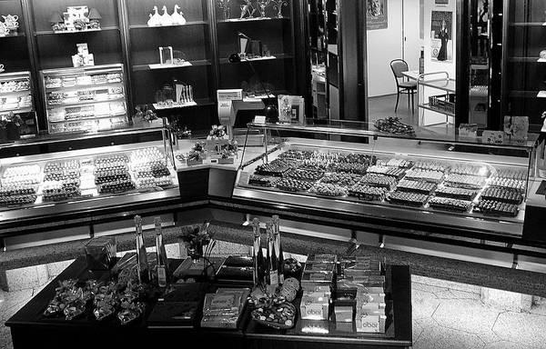 Ebers Photograph - Cafe Eber Treats by Robert Meyers-Lussier