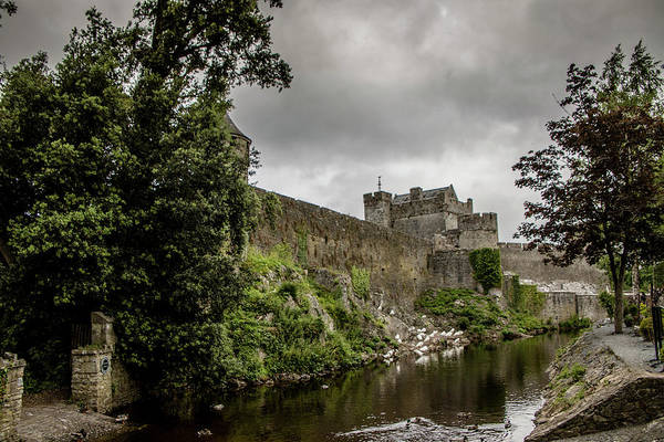 Photograph - Cahir Castle 1406 by Teresa Wilson