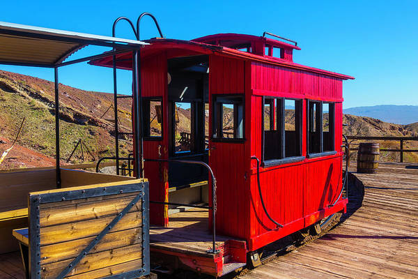 Red Caboose Photograph - Calico Caboose by Garry Gay