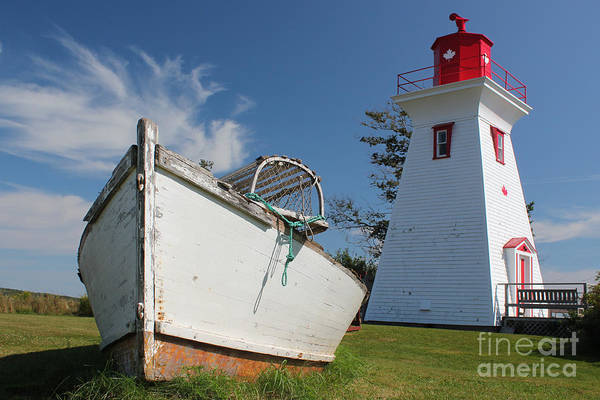 Photograph - Canadian Maritimes Lighthouse by Wilko Van de Kamp