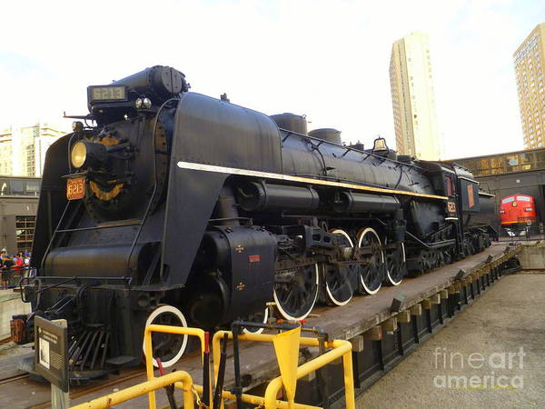 Canadian National Railway Photograph - Canadian National No. 6213 by Lingfai Leung
