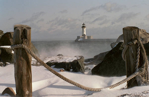 Lake Superior Wall Art - Photograph - Canal Park Lighthouse by Heidi Hermes