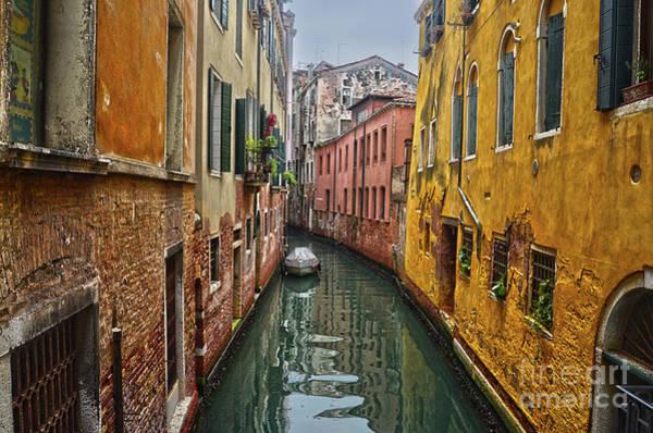 Photograph - canali di Venezia 2 by Spade Photo