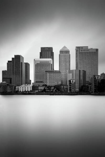 Songbird Photograph - Canary Wharf II, London by Ivo Kerssemakers