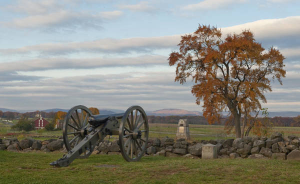 Gettysburg Battlefield Photograph - Cannon And Stone Wall At Gettysburg by Greg Dale