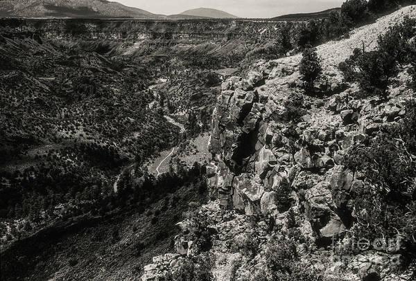 Queste Photograph - Canyon Walls Along The Rio Grande 3 by Bob Phillips
