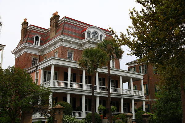Photograph - Carriage House Inn In Charleston by Jill Lang