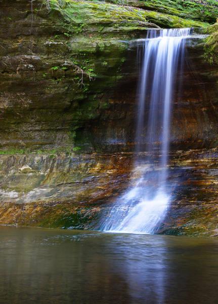Photograph - Cascade Falls by Larry Bohlin