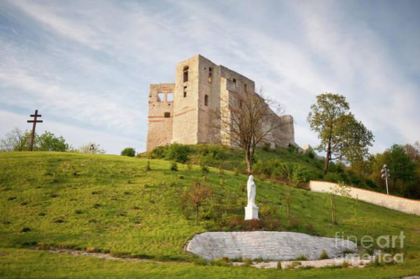 Wall Art - Photograph - Castle Ruins In Kazimierz Dolny by Arletta Cwalina
