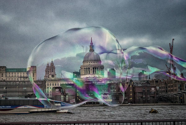 St Martin Photograph - Caught In A Bubble by Martin Newman